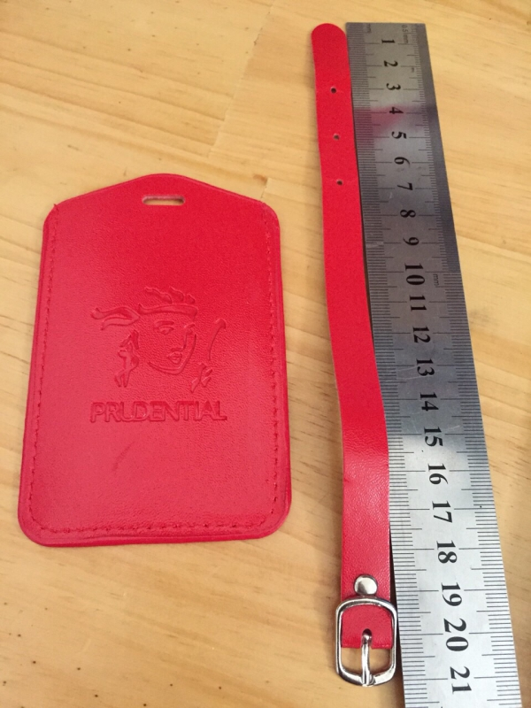 Bao đeo thẻ pu màu đỏ 1 mặt thẻ